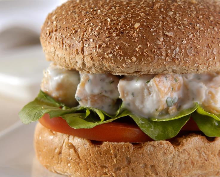 Hambúrguer de Frango com Iogurte no Pão Integral Wickbold