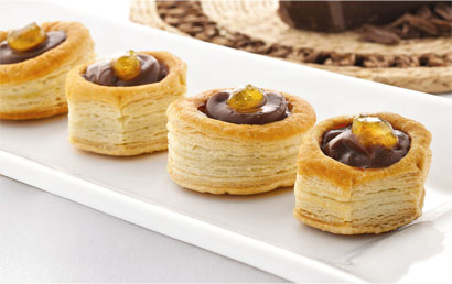 Mini vol-au-vent com recheio de Chocolate e Caramelo