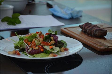 Thai Beef Salad (Salada tailandesa com mignon)