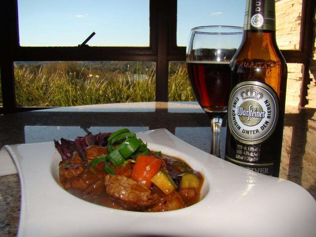 Guisado de Filé Mignon ao Dunkel do Aguativa Golf Resort