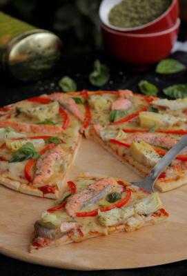 Pizza de Salmão com Alcachofra