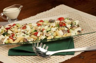 Salada de Pena com Lentilha e Sardinha ao Molho de Iogurte