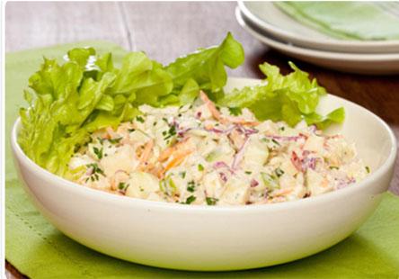 Salada fesca com creme de leite