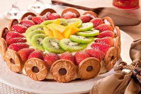 Torta Tropical com Mousse de Morango