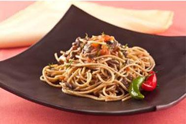 Espaguete Integrale com Ervas e Cogumelos Shimeji