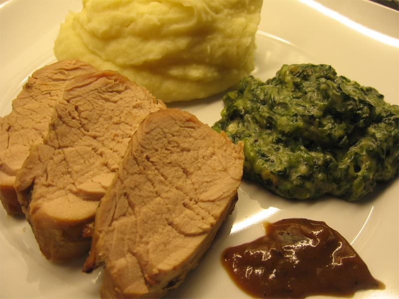 Lombinhos de Porco com Molho de Mostarda de Dijon