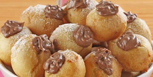 Bombinhas fritas com chocolate