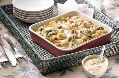 Tortelini tricolor aos queijos e cogumelo de Paris