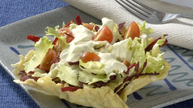 Salada na cestinha