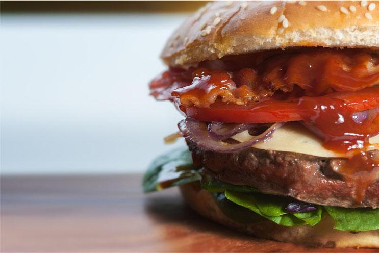 8 dicas que vão te ajudar a preparar o hambúrguer